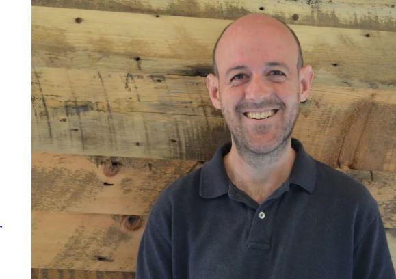グーグルの最初の社員、クレイグ・シルバースタインが退社