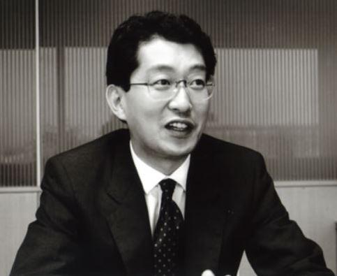 成毛眞が代表取締役社長に就任